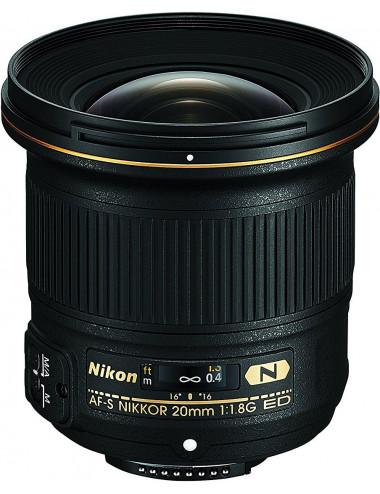 Nikon AF-S 20mm f1.8 G ED.