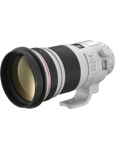 Canon  EF 300mm f/2.8L IS...